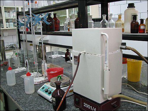 دستگاه الكتروليز نمك بر روي تاسيسات آبرساني شهرهاي استان بوشهر بزودي نصب و راه اندازي مي شود